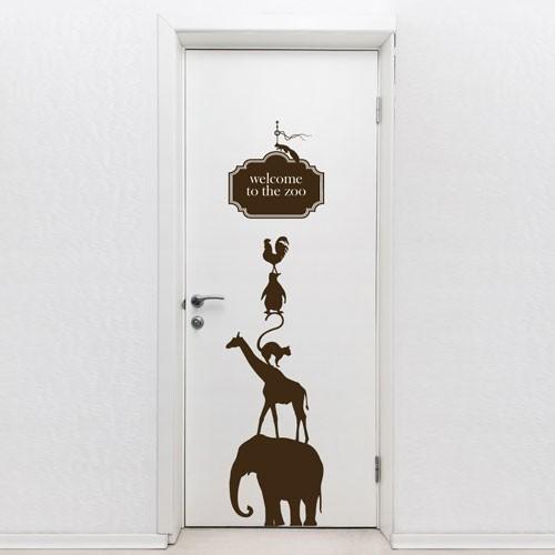 Прикольные рисунки на двери