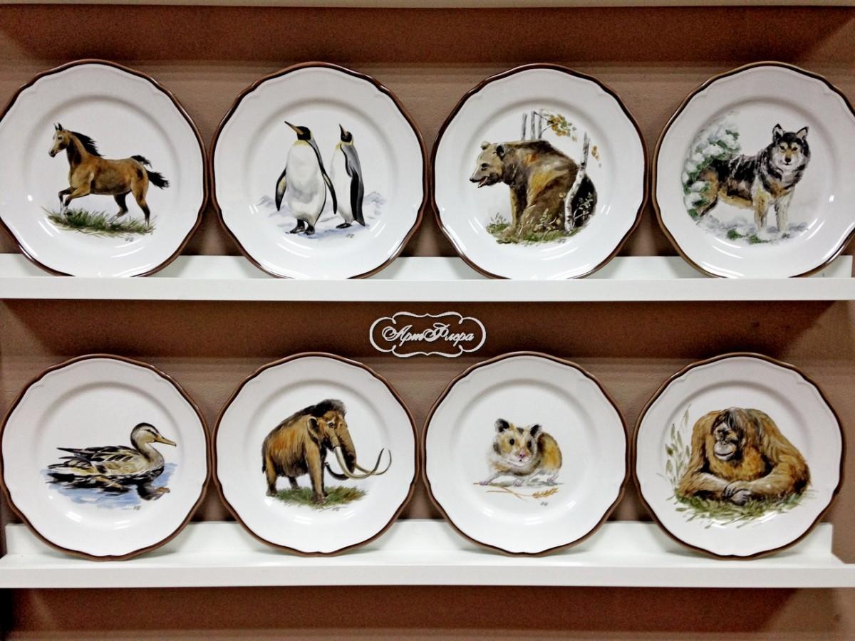 герой картинки изображения животных на посуде рабочей поверхности