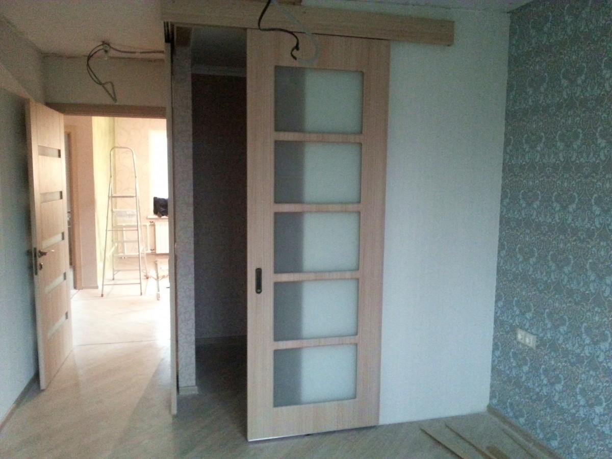 дверь вместо угла комнаты фото версии следствия