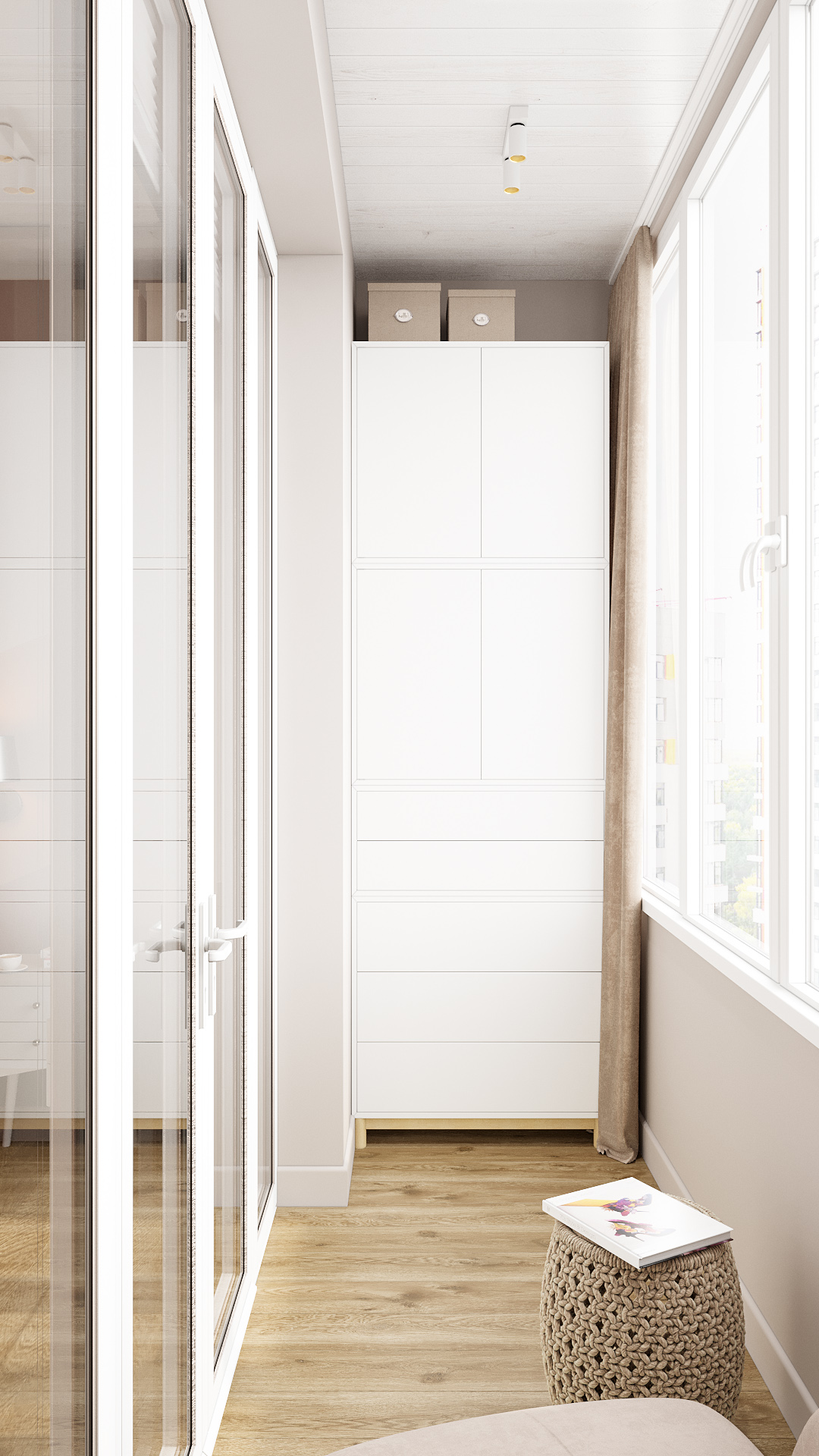 фото:Наличие балкона в спальной комнате добавляет пространству дополнительное место хранение, а также дополнительное место отдыха. Оформлен балкон в соответствии с палитрой и дизайном спальной комнаты так, чтобы эти два пространства смотрелись единым целым